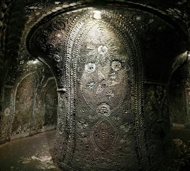 The Shell grotto: Mysteriously Beautiful Desktop-1433533657