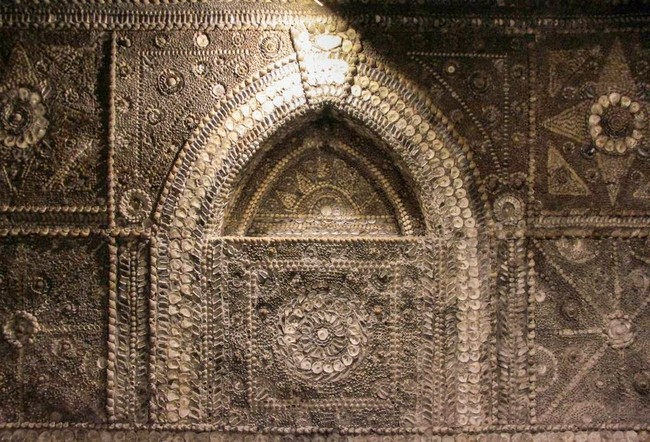 The Shell grotto: Mysteriously Beautiful Desktop-1433533666