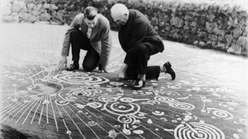 The Cochno Stone: A MASSIVE 5,000-year-old cosmic map? Cochno-stone