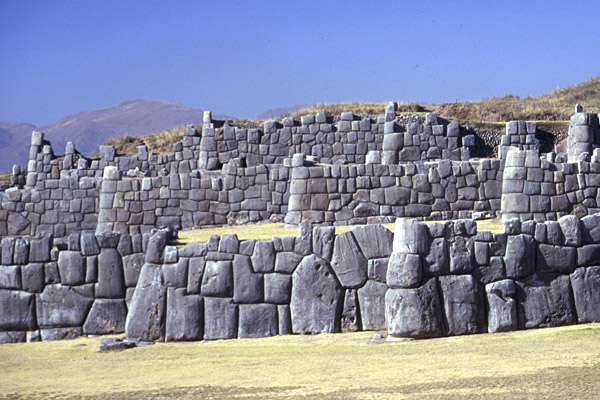 Who Could Have Built Sacsayhuaman? 1044