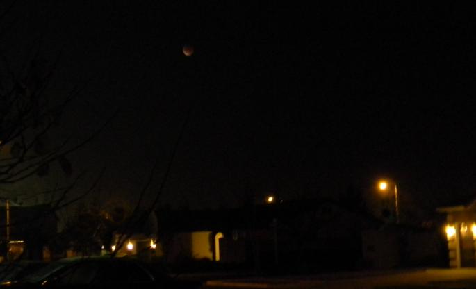 Eclipse  - Page 2 Lunar2__12-10-11_