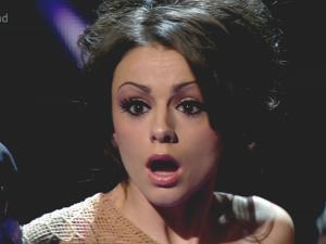 Noticias ⇨ Cher Lloyd Cher-lloyd-face