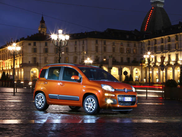 panda  2012 - Pagina 2 1327761797864_Fiat_Panda_Porte_Aperte