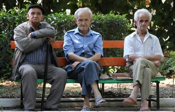 Iss, 60% italiani over-64 vive in difficoltà economica Ecb0bbb9e1993f356432ba1b8f6eea1b_588026