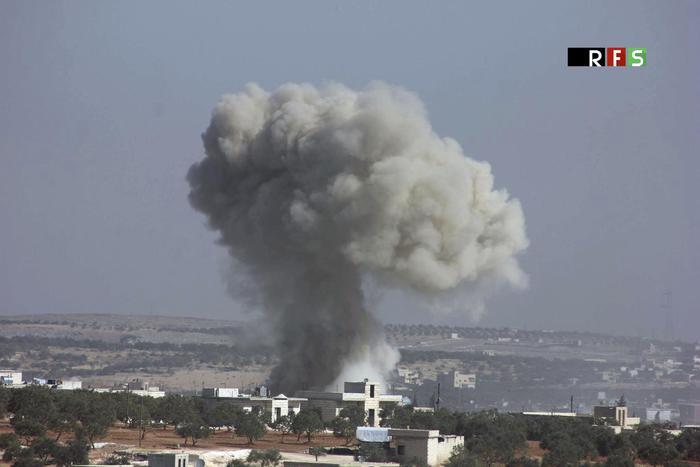 Attacco Usa in Siria, Trump invia missili Tomahawk sulla 'base dei raid chimici contro Idlib'. Nave russa entra nel Mediterraneo  1d312e9426c69278d6e7c9e00b1d6059