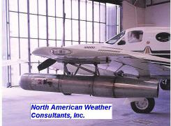 CHEMTRAILS, VRAI OU FAUX ? Avion_north_american_weather