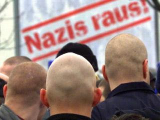 Fascismo We Will Come Back - Página 2 Gruposnazisfacebook171108