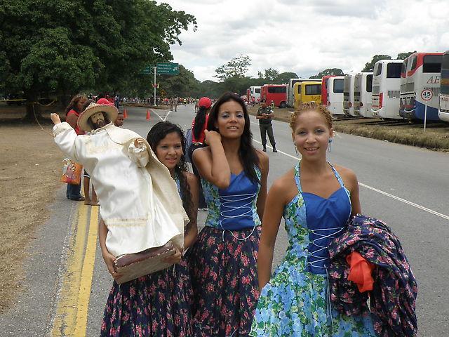 M U J E R E S !!.. De vuelta a Venezuela! xD - Página 3 Campo_de_carabobo_015