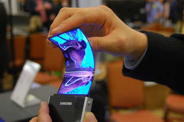 ميزات خرافية سوف نجدها على هواتفنا الذكية مستقبلا 6-005