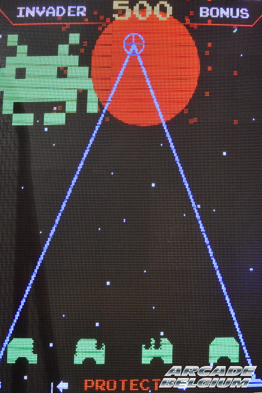 Space Invaders Frenzy Eag17_135b