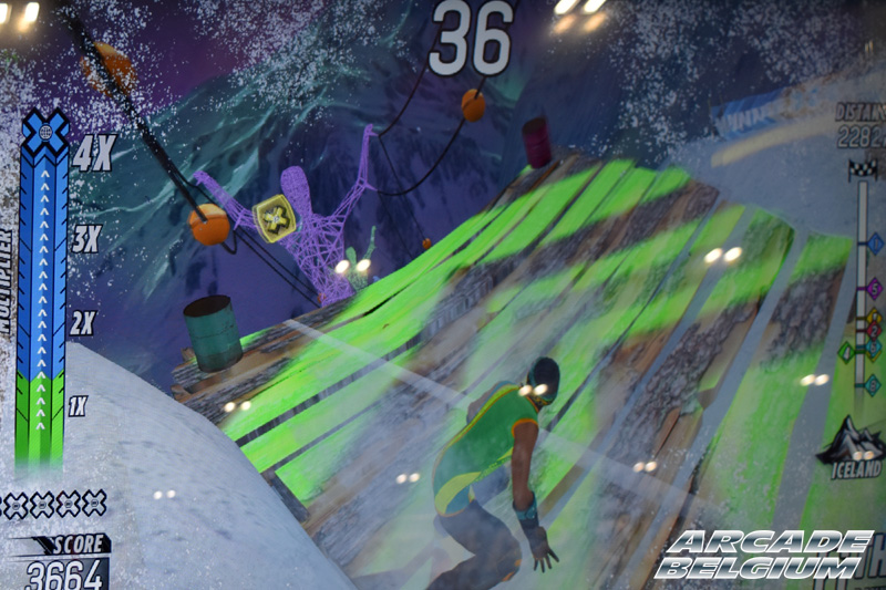 X Games Snow Boarder Eag18090b