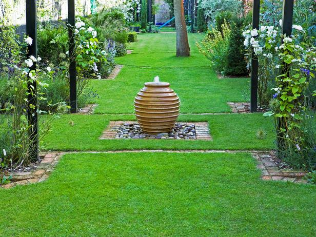 Fontane - Page 3 Hgtv._com_landscaping_make-a-bubble-fountain_index._html