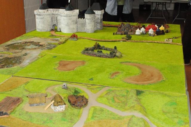 Deux ducs pour une couronne ...ou la guerre de Succession de Bretagne en raccourci ! DSC0009