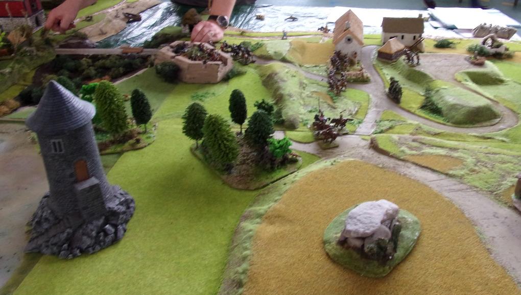Bondieuseries au pied du dolmen 100_0386