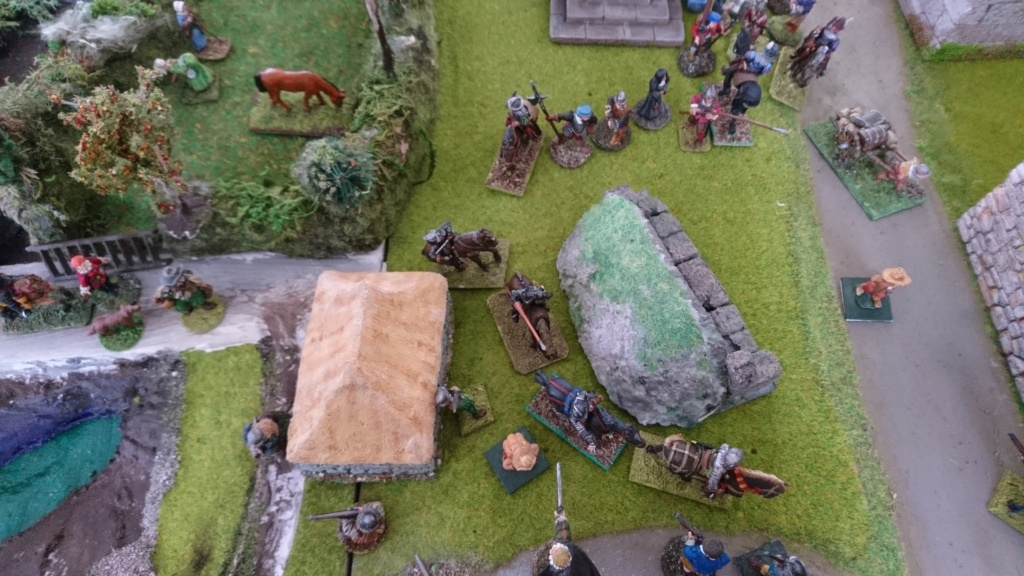 Bondieuseries au pied du dolmen Dsc_1715