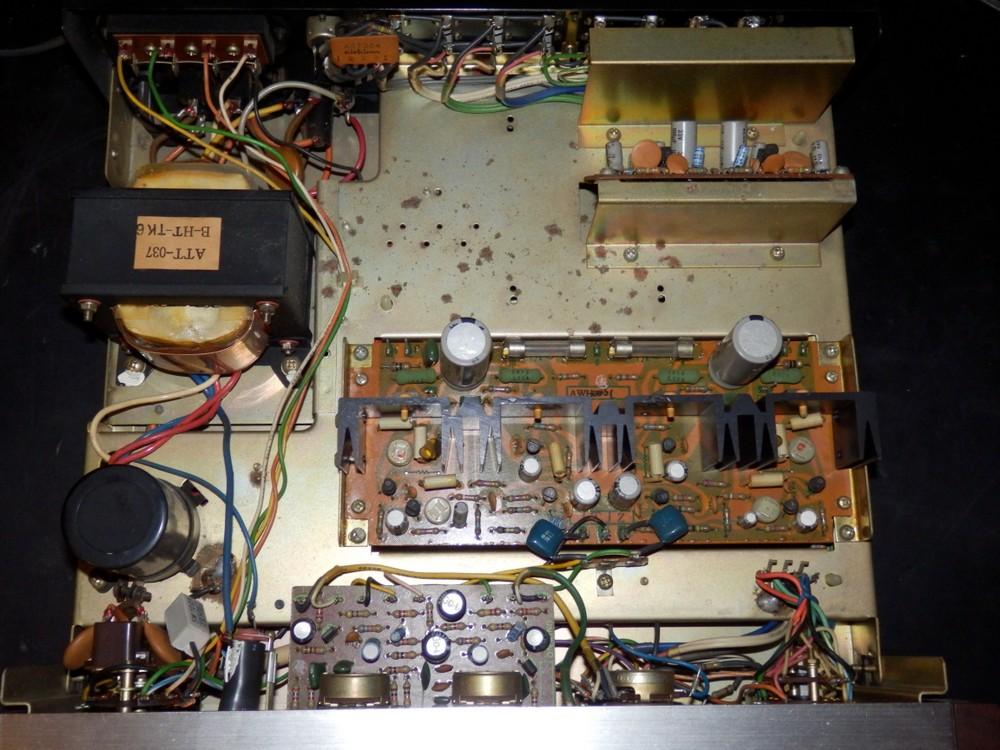 Inserire DAC all'interno di un Pioneer SA500a P3150200