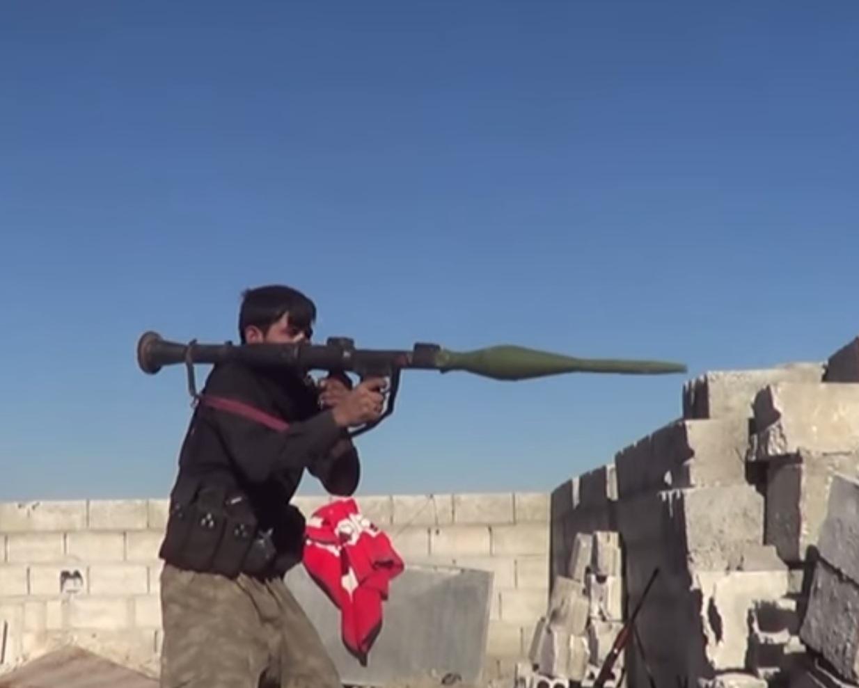 مسابقة في مجال القوات البرية - صفحة 5 Iranian-Tandem-Charge-projectile