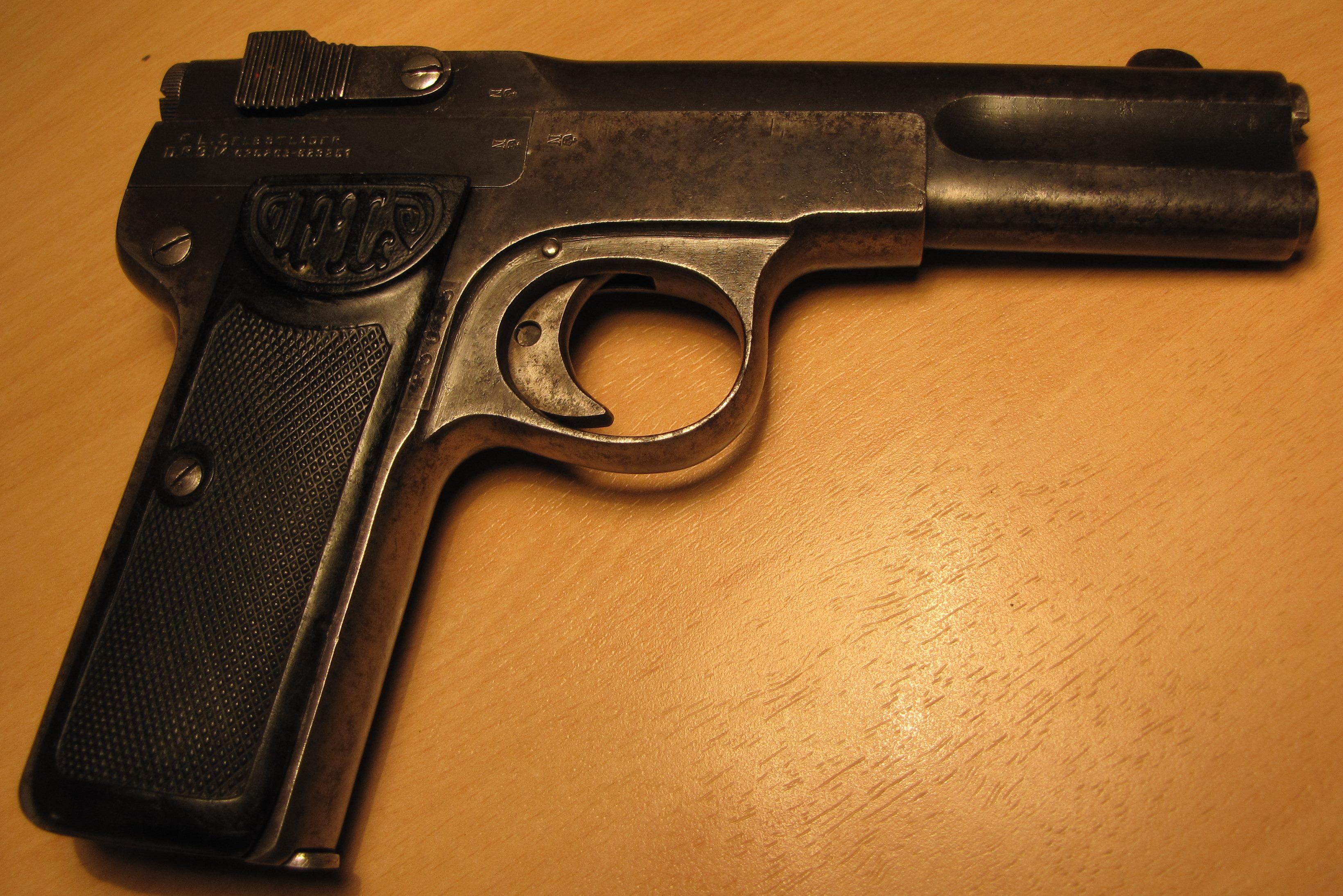 Browning 1900 et armée Française Langenhan-6