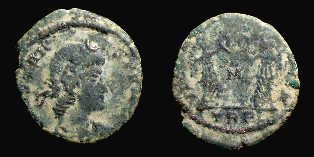 Nummus de Constans frappé à Trèves.  6547