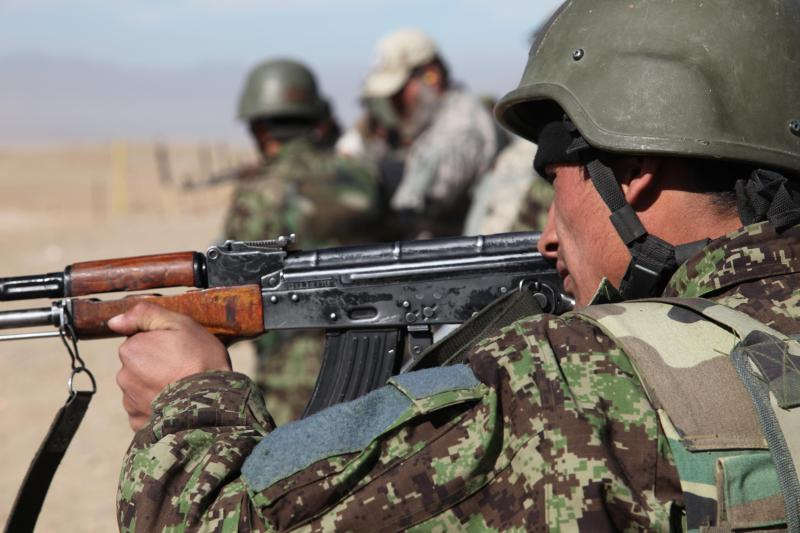 Afghanistan Army adopts new camouflage uniform. Afghan-forest-11
