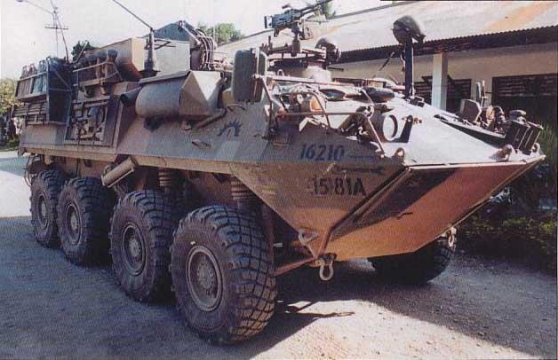عملاق صناعة السلاح الأمريكية Lockheed Martin  LAV_Command_Post_US_Army_02