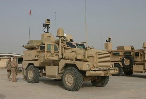 ارشيف أسلحه الجيش العراقي الجديد البريه Cougar_H_mine_resistant_resistant_ambush_protected_wheeled-armoured_vehicle_US_army_008