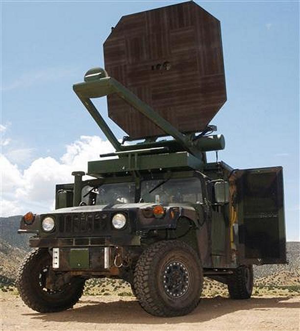 أسلحة ممكن لم تتوقع تحققها Humvee_Active_Denial_system_002