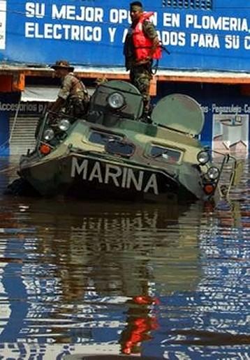 BTR- 70  Anfibio Infanteria de Marina México BTR-60_Mexican_army_03112007_news_001