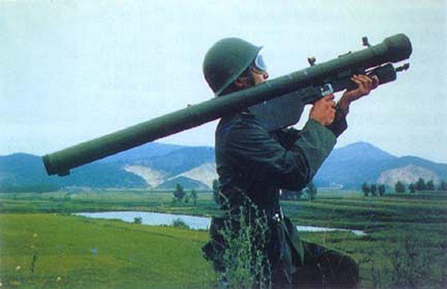 9K32M Strela-2M Sa-7_Grail_Strela_Missile_Russia_06