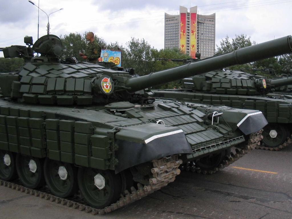 Armée Biélorusse / Armed Forces of Belarus T_72b_belarus_01