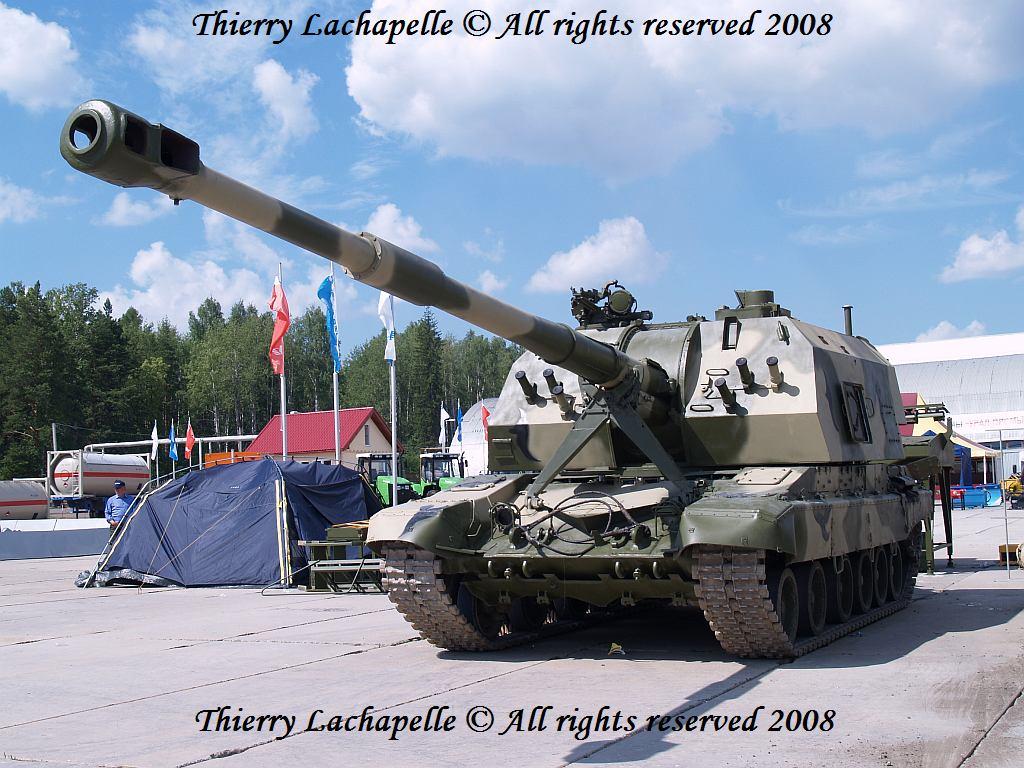 """روسيا تعتزم عرض غواصات """"آمور 1650"""" على المغرب + صفقة للمدفعية ذاتية الحركة """"MSTA-S""""  2s19m1_155mm_msta_s_thierry_lachapelle_01"""
