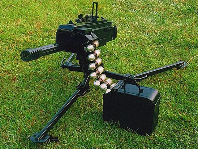 قاذف القنابل (الرمان) بأنواعها  Lg3_40mm_grenade_launcher_Norinco_China_Chinese_Army_001