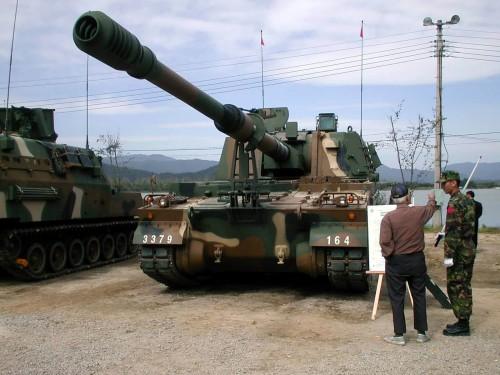 ثمرة التعاون الصناعى العسكرى المصرى الكورى الجنوبى ، تصنيع المدفع الكورى K-9 Thunder K9_thunder_self-propelled_howitzer_155_MM_South_Korea_South_Korean_Army_011