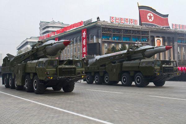حتى لا تقولوا انني اضخم من قدرة الاستخبارات للعدو  No-Dong_medium_range_ballistic_missile_North_Korea_Korean_army_002