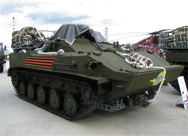 BMD-4M and BTR-MD Rakushka: - Page 6 RKhM-5M_chemical_reconnaissance_tracked_armoured_vehicle_airborne_Russian_army_military_equipment_640_001