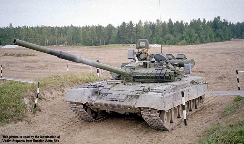 مواصفات العامة لT-80 T-80_main_battle_tank_Russian_Russia_army_002