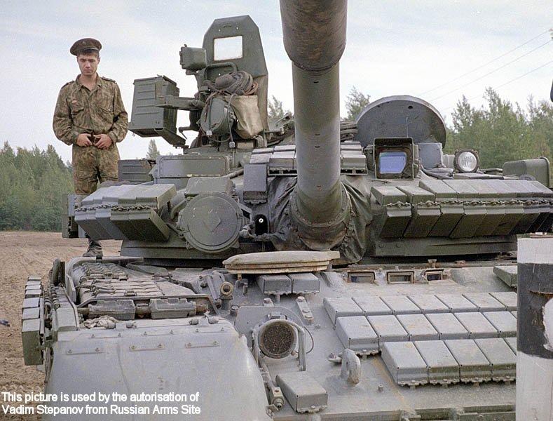 مواصفات العامة لT-80 T-80_main_battle_tank_Russian_Russia_army_006
