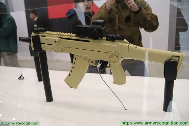 Russian Assault Rifles/Carbines/Machine Guns Thread: #1 - Page 39 MA_Kalashnikov_compact_assault_rifle_5-45x39mm_caliber_Russia_Russian_defense_industry_002