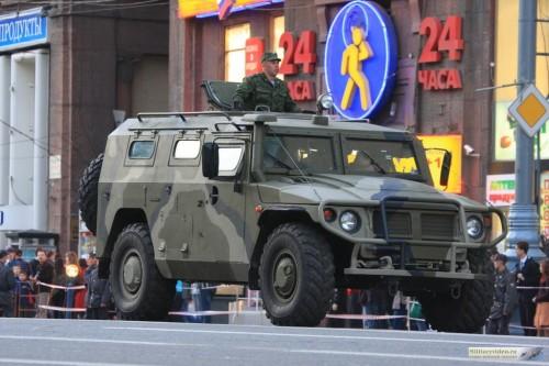 الصناعة العسكرية الجزائرية عربات Nimr(نمر)  Tigre_wheeled_armoured_vehicle_personnel_carrier_Russia_Russian_Army_001