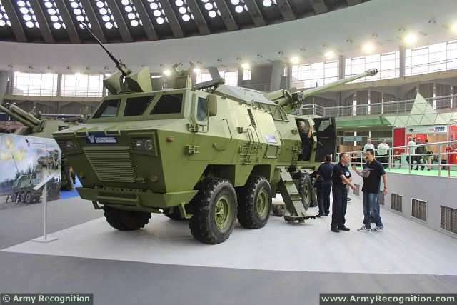 مدفعية الميدان المتحركة نورا M03_Nora_B-52_K-I_155mm_8x8_truck_mounted_artillery_system_howitzer_YugoImport_Serbia_Serbian_defense_industry_003