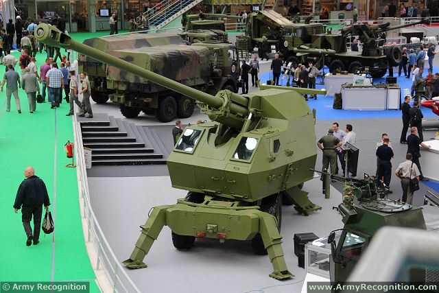 مدفعية الميدان المتحركة نورا M03_Nora_B-52_K-I_K1B_155mm_8x8_truck_mounted_artillery_system_howitzer_YugoImport_Serbia_Serbian_defense_industry_008