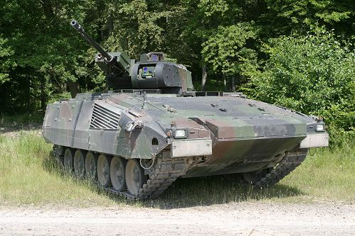 صناعة الدفاع الالمانية   Puma_tracked_armoured_infantry_fighting_vehicle_Krauss-Maffei_Wegmann_Germany_German_001