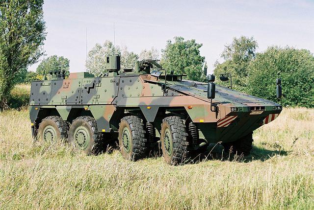Armée Allemande (Bundeswehr) Boxer_Rheinmetall_wheeled_armoured_vehicle_personnel_carrier_German_army_Germany_640