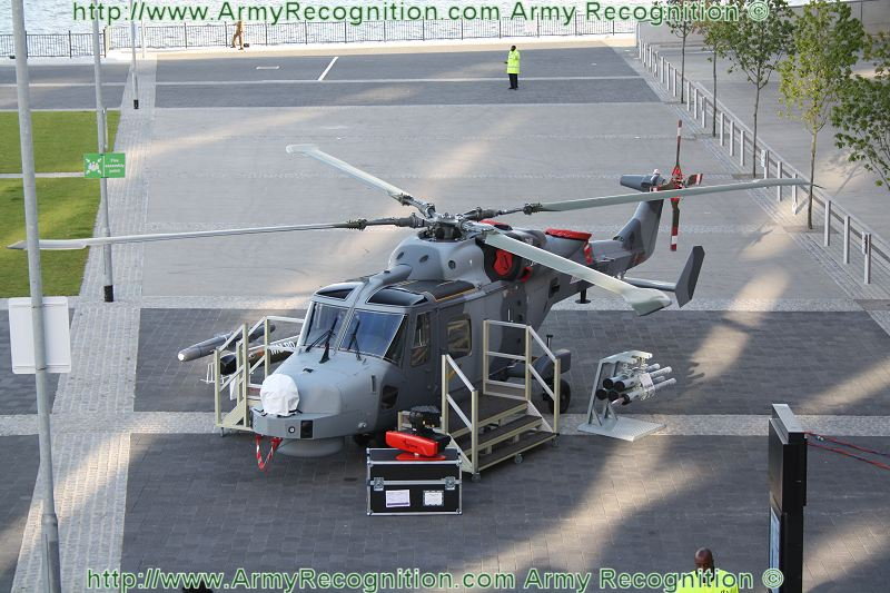 Meetings Internationaux - Page 5 AW159_Lynx_Wildcat_multi-role_military_helicopter_DSEI_2011_international_defence_security_equipment_exhibition_002