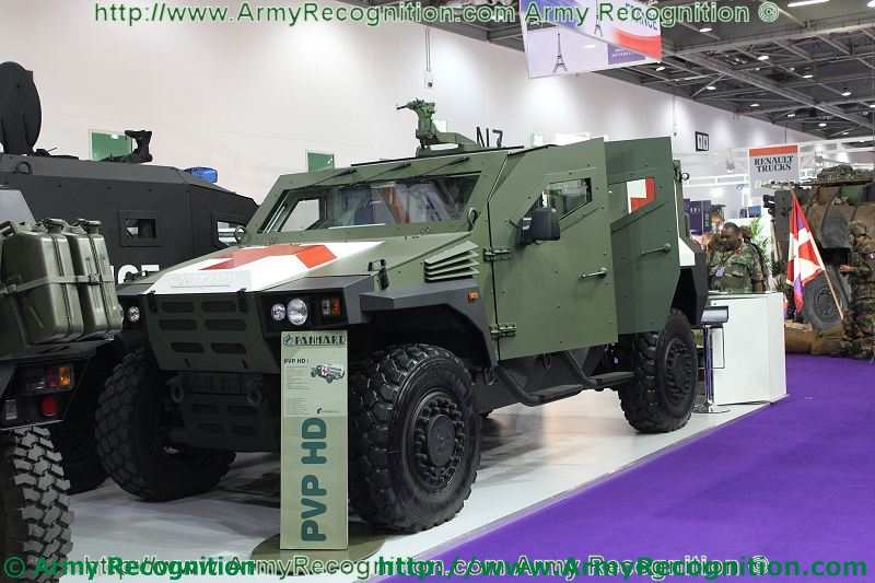 Meetings Internationaux - Page 5 Panhard_PVP_HD_DSEI_2011_international_defence_security_equipment_exhibition_001