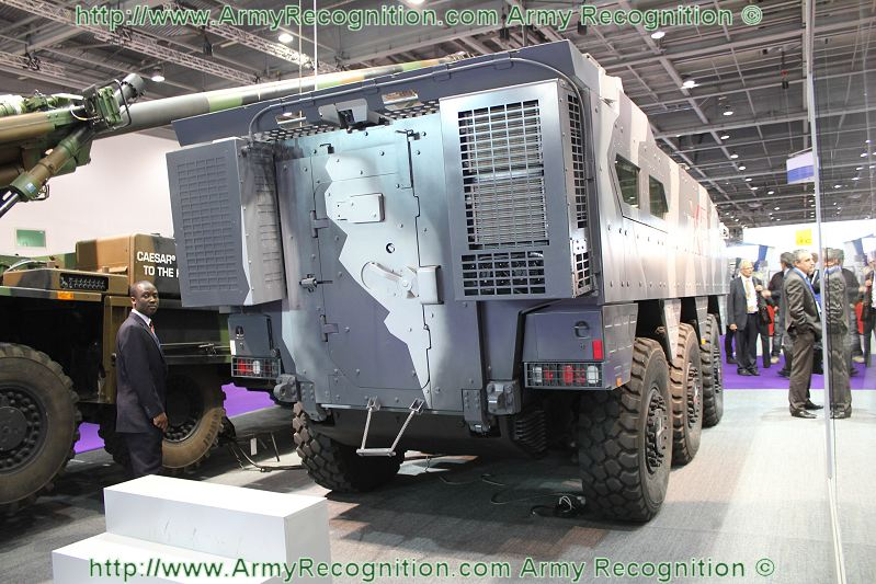 Meetings Internationaux - Page 5 XP2_Nexter_APC_technology_demonstrator_DSEI_2011_defence_security_equipment_exhibition_002