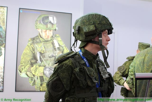Ratnik combat gear - Page 6 Communication_Observation_System_Ratnik_Radioavionica_KADEX_2016_defense_exhibition_Astana_Kazakhstan_001