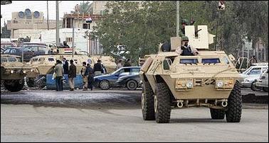 الموسوعة الأكبر لصور و فيديوهات الجيش العراقي 2 - صفحة 2 Armoured_ASV_Iraq_news_01