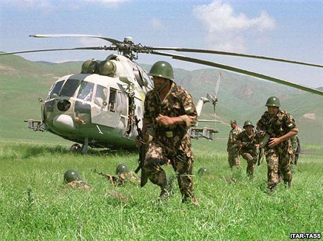 Armée du Tadjikistan / Tajik Armed Forces Tajik_army_airborne_unit_during_joint_military_exercises_001