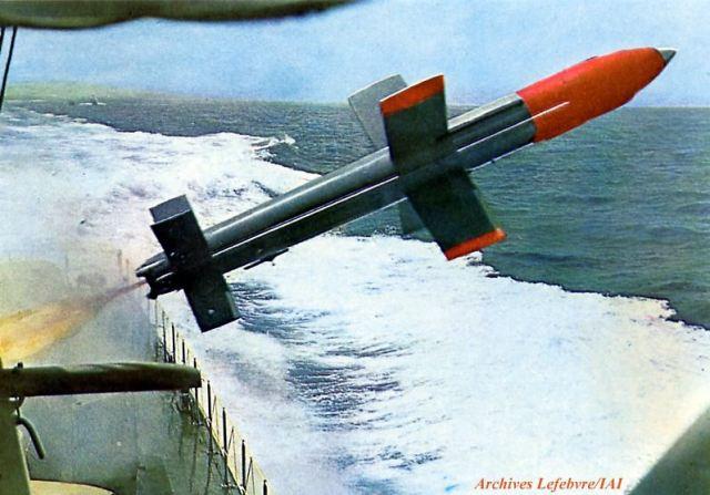 الجويند و الساعر وجها لوجه Gabriel_anti-ship_missile_Israel_israeli_aircraft_industries_IAI_industry_military_technology_001